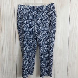 Weekend by Chico's Capri Pants